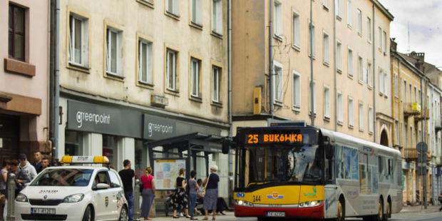 linia 25 na ulicy Paderewskiego